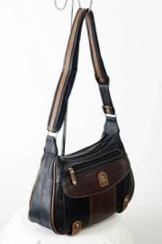 Дамска чанта в черно и кафяво 9152748
