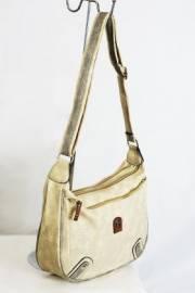 Дамска чанта в  бежово 9152801