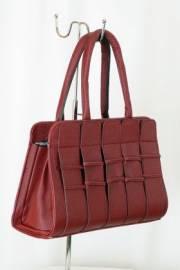Дамска чанта в бордо 9153161