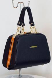 Дамска чанта-куфарче в черно 9153259