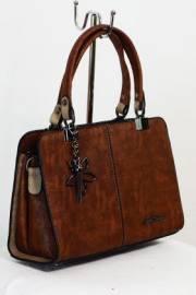 Дамска чанта в кафяво 9153337