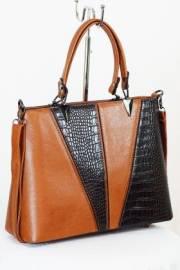 Дамска чанта в кафяво 9153372