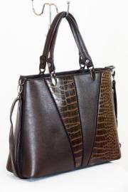 Дамска чанта в кафяво 9153375