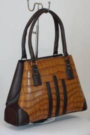 Дамска чанта в кафяво 9153379