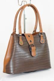 Дамска чанта в кафяво 9153393