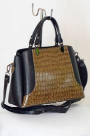 Дамска чанта в черно и кафяво 9153396