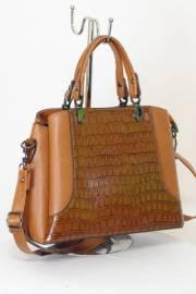 Дамска чанта в кафяво 9153397