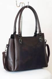 Дамска чанта в кафяво 9153408