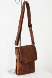 Дамска чанта в кафяво естествена кожа 9153431