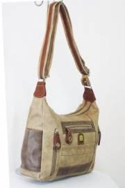 Дамска чанта бежов цвят  9153582