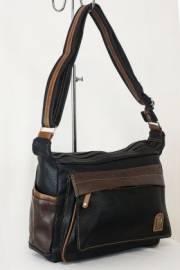 Дамска чанта черен цвят  9153589