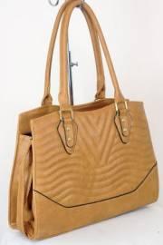 Дамска чанта светло кафяв цвят  9153797