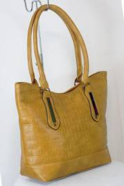 Дамска чанта светло кафяв цвят  9153805