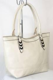 Дамска чанта в екрю 9153825