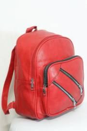 Дамска раница в червен цвят 9153908