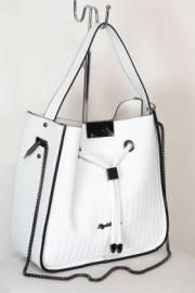 Дамска чанта в бяло 9154003