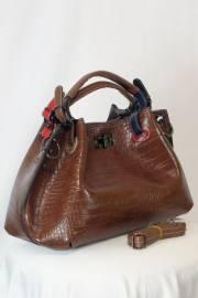 Дамска чанта в кафяво 9154161