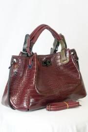 Дамска чанта в бордо 9154164