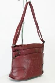 Дамска чанта в бордо 9154234